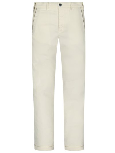 Cordhose in WEISS